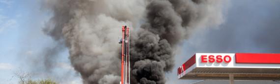 27.04.2012 – Messeinsatz bei Großbrand in Walldorf